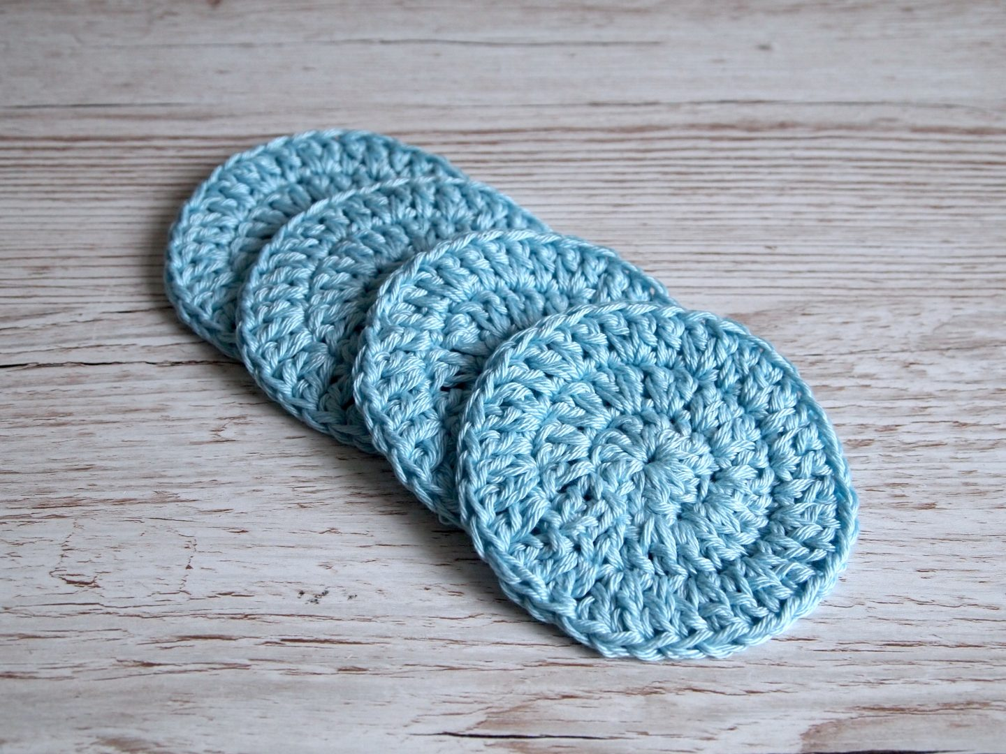 finished crochet face pad tutorial