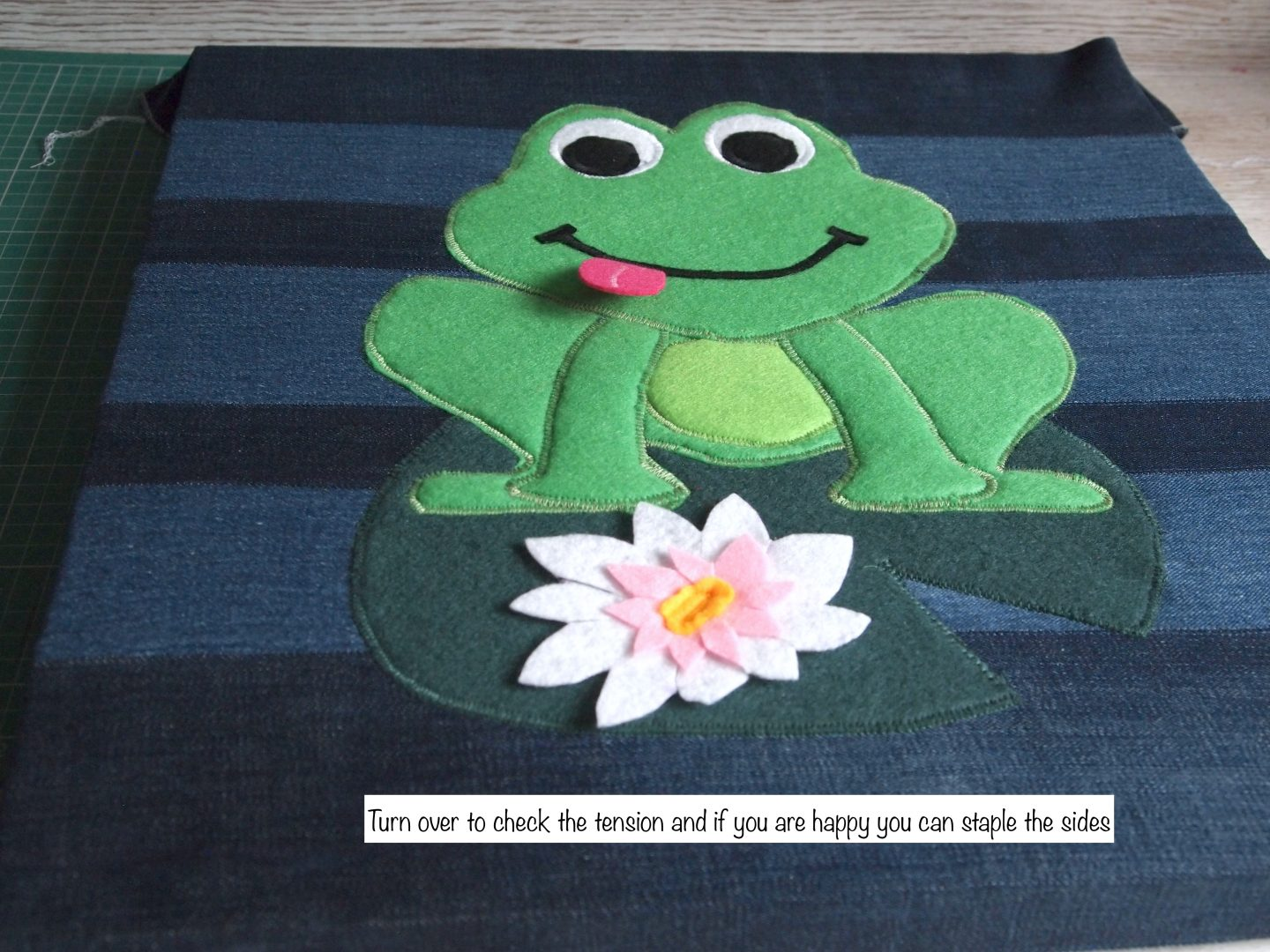 framing the picture for recycled canvas art of frog