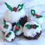 christmas pudding pom pom