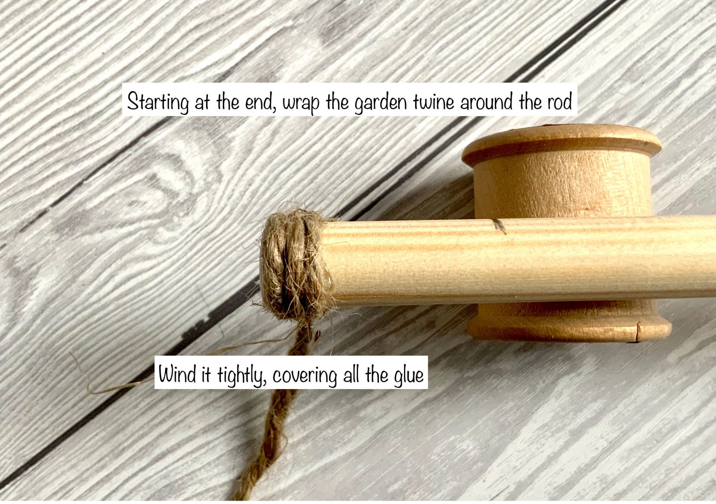 How to create a wall hanging rod